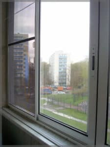 moskitnaya-setka-na-balkon